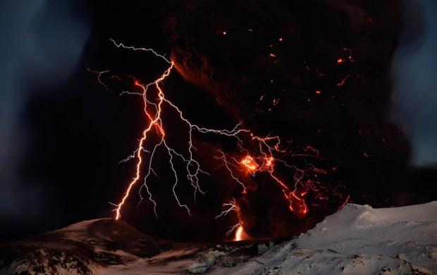 eyjafjallajokul-iceland-volcanic-eruption-2010
