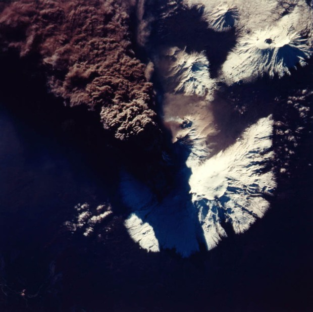 kliuchevskoi-volcanic-eruption-russia