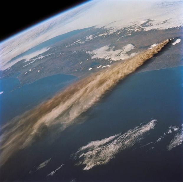 kliuchevskoi-volcano-eruption-1994