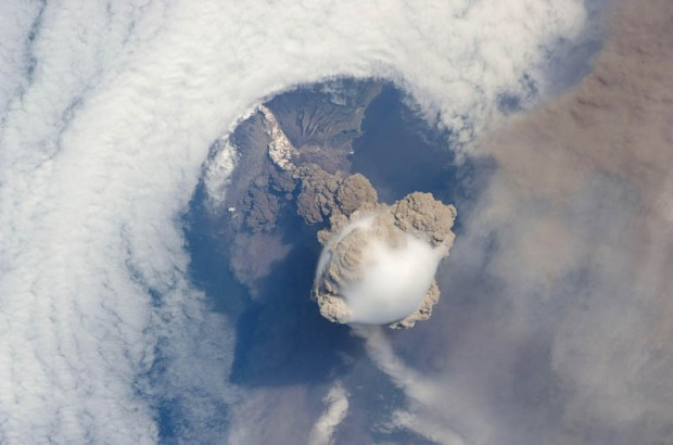 sarychev-volcano-eruption-seen-from-space